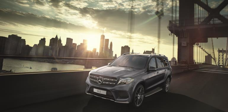 GL meets S – the S-Class of SUVs