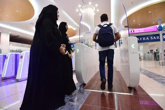 passengers at dubai airport