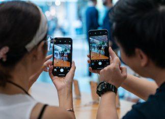 iphone; 3-D camera