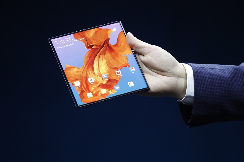 Huawei Launches New $2,600 Foldable 5G Phone to Rival Samsung