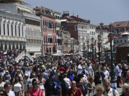 tourism sustainable tourism