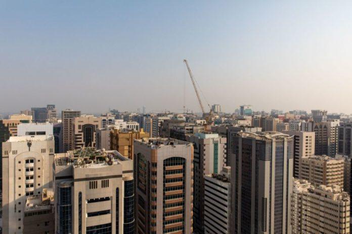 Abu Dhabi Builder Holds Talks to Revamp $545 Million in Debt