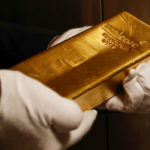 Goldman Sees Gold Hitting $1,800 as 'Haven of Last Resort'