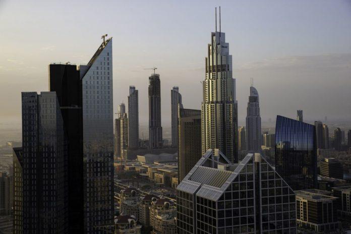 Dubai Financial Hub Added 2,000 Jobs as Listed Firms Rise