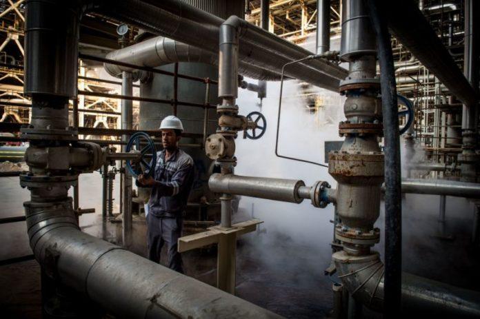Mideast Stocks Plunge as Producers Head Toward Oil-Price War