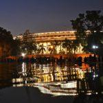Indian leaders take 30% salary cut
