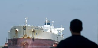 Saudi Oil Rush Threatens to Disrupt Stabilizing U.S. Oil Market