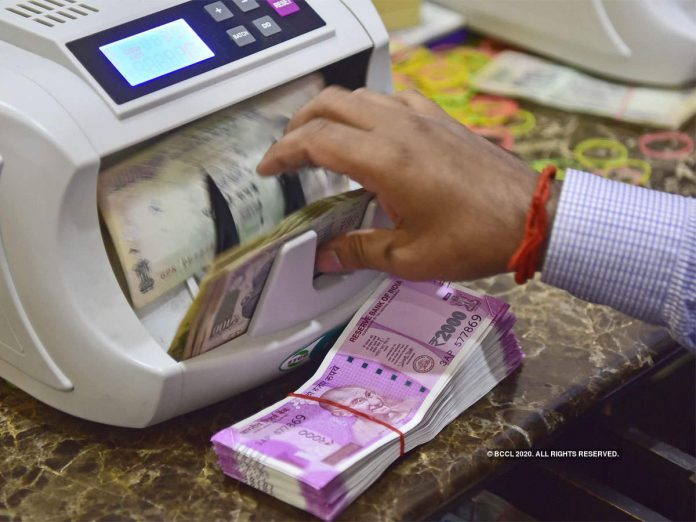 Indian Travel Agents Squeezed as Fliers Demand Cash Refunds