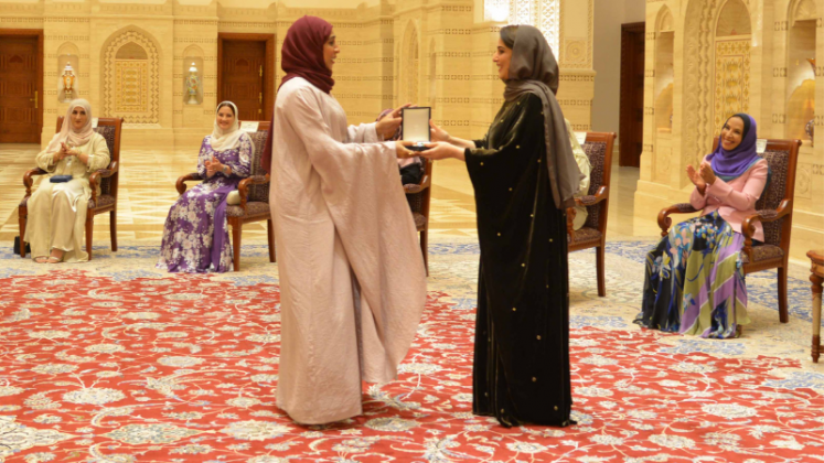 Five Omani Women Conferred With Order Of Royal Commendation