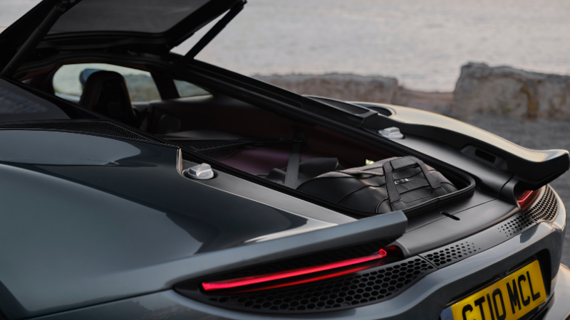 2021 McLaren GT Review: A Mid-Engined Masterpiece